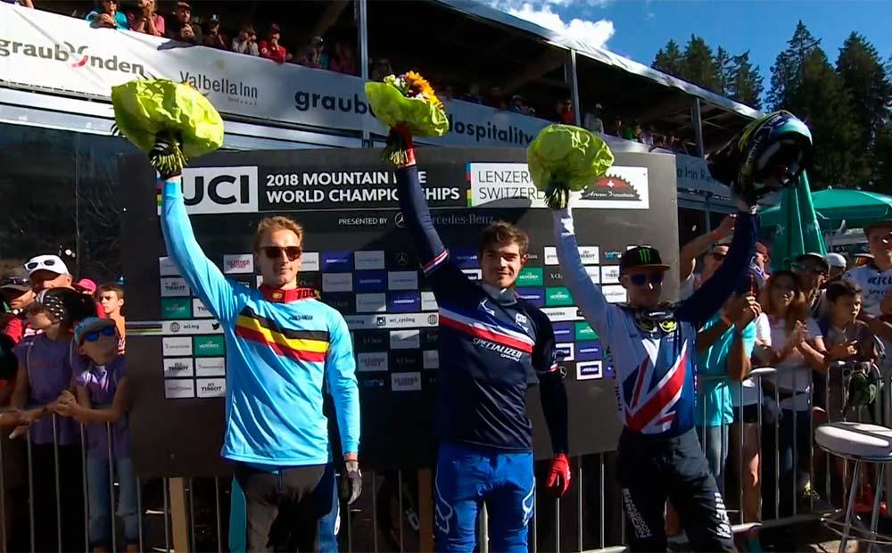 Loic Bruni (1º), Martin Maes (2º) e Danny Hart (3º)